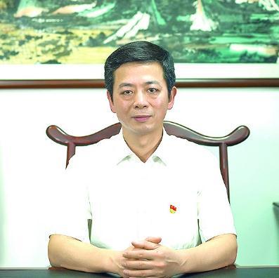 广东省药品监督管理局党组书记、局长江效东