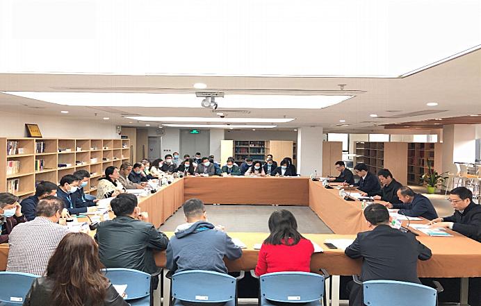 省药品监管局局长江效东到省药品检验所调研指导工作