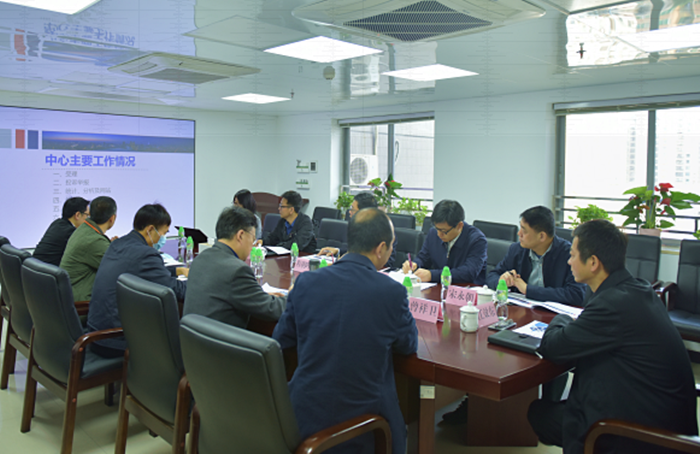 省药品监管局局长江效东到省局政务服务中心调研指导工作